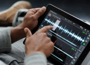 TRAKTOR_DJ_iPad_freeze_slice_L